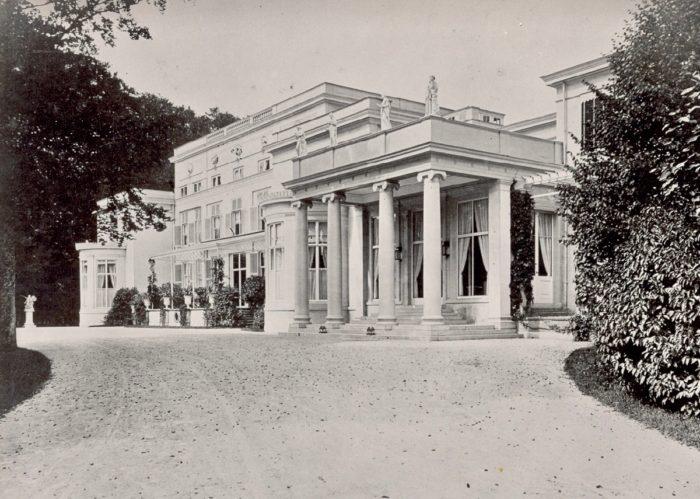 Residentie Z.K.H. prins Frederik, De Paauw in 1858